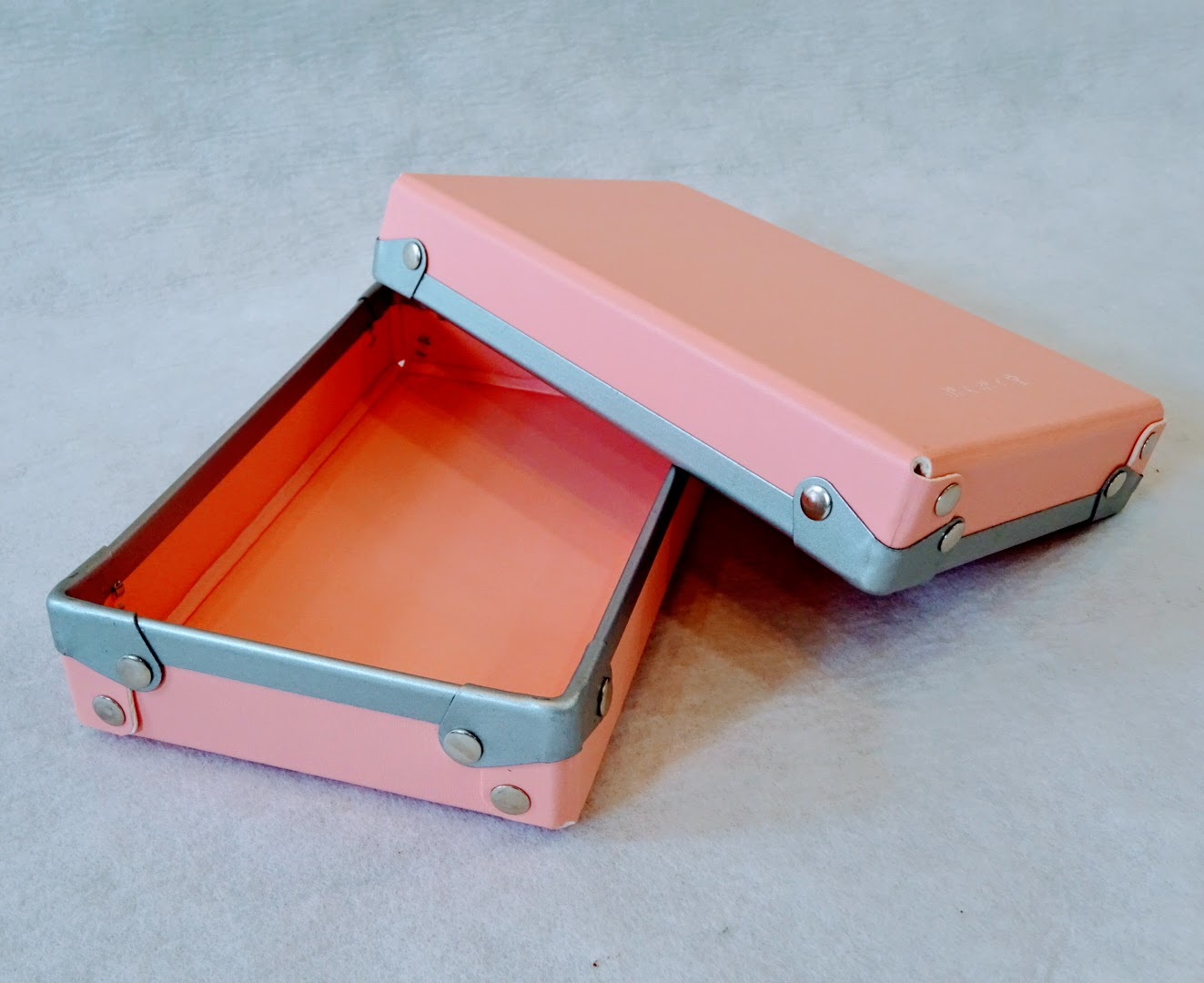 【あなたの小道具箱販売1周年記念「もも」数量限定販売!】4色コンプ購入した方、お待たせしました!